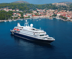 Small luxury cruises to most intimate ports coves for Luxury small cruise lines